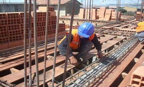Obras públicas no inyectan recursos al sector de construcción
