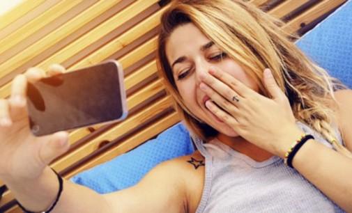 Crean un reloj despertador que pide selfies para apagarse