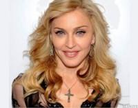 """En Filadelfia, Madonna """"da su bendición"""" al papa"""