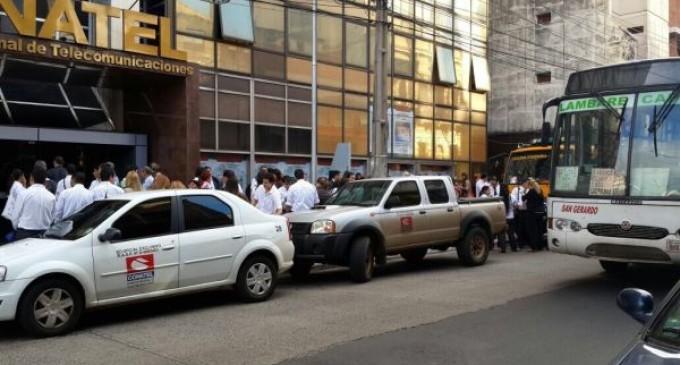 Evacúan edificio de CONATEL