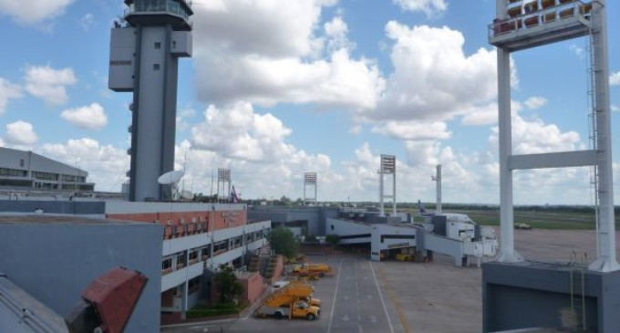 Habilitan terraza en el aeropuerto Silvio Pettirossi