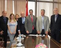 Presidente del Congreso recibió a Representantes de la Fundación Iguassu