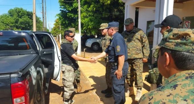 Policías se alistan para desalojar la reserva Morombí