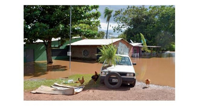 Subida histórica del río Apa deja a 200 familias damnificadas