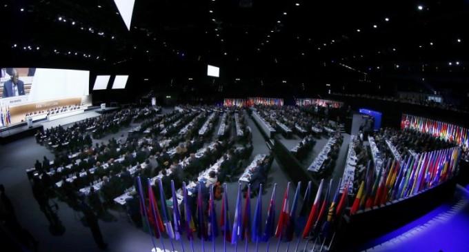 La FIFA eliminó a su Comité Ejecutivo y tendrá mujeres en altos cargos