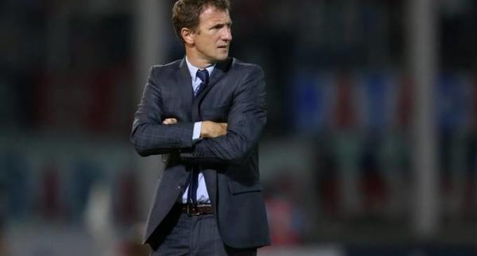 Arruabarrena dejó de ser el técnico de Boca