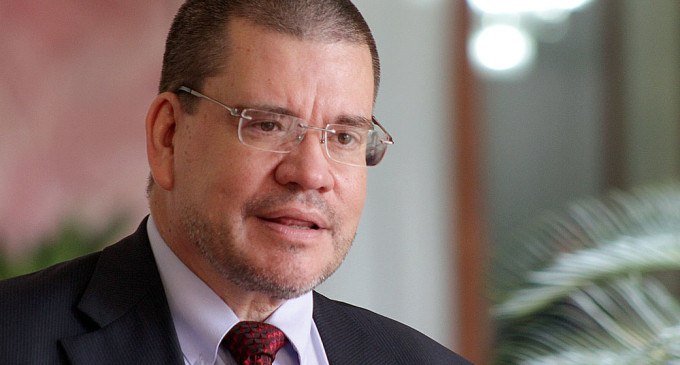 Ministro de Salud participará de reunión urgente sobre Zika