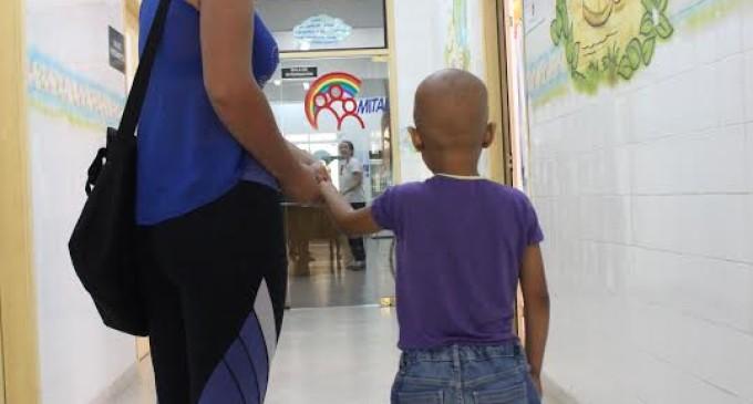 Pilares de atención a niños con cáncer: albergue, escuela y más medicamentos