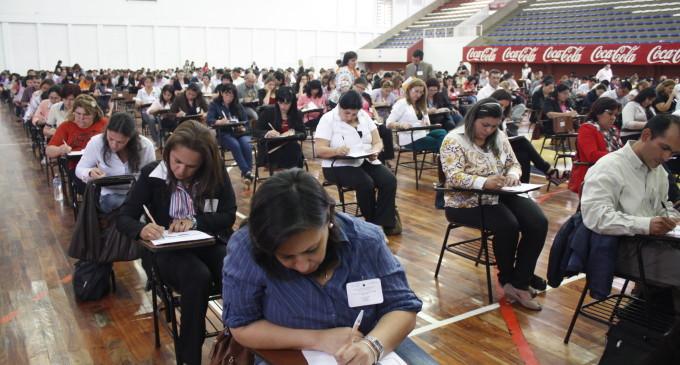 Solo el 47% de docentes aprobaron el examen