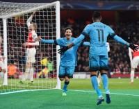 Messi acerca al Barça con pie y medio a cuartos de final