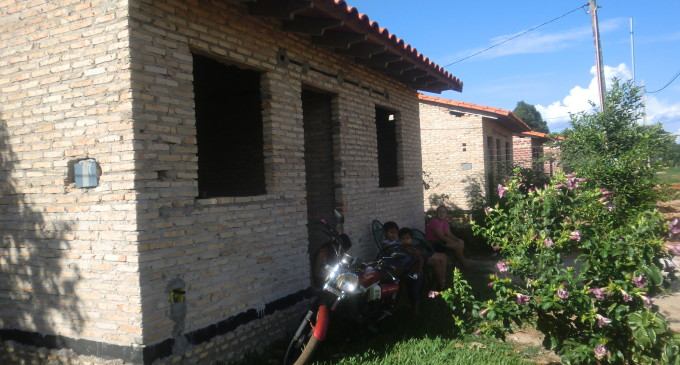 Sortean llaves de 70 viviendas en Itapúa