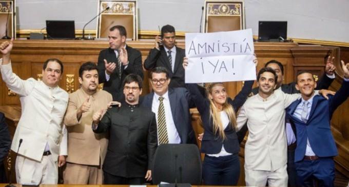 La Asamblea Nacional de Venezuela aprobó la Ley de Amnistía