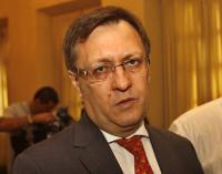Yaluff renuncia tras ser denunciado por fraudes en Petropar