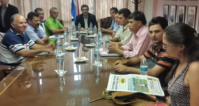 Campesinos y cooperativistas se reunieron con Juan Afara y ahora esperan una respuesta
