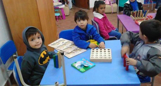 """Ministro de Educación """"Ausentismo en las escuelas se da por afecciones respiratorias"""""""