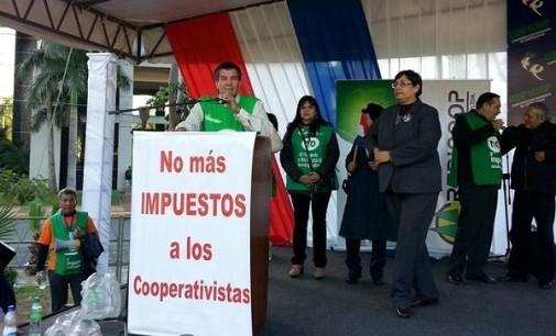 """""""Desde mañana entra en vigencia el IVA a Cooperativas"""" Pedro Loblein(CENCOPAN)"""