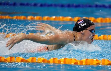 Nadadora holandesa gana carrera a Río tras enfrentar cáncer cervical