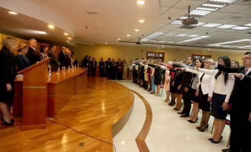 Ministros tomaron juramento a magistrados