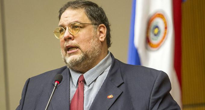 Benjamín Fernández analiza gestión de Cartes y destroza posibilidad de reelección