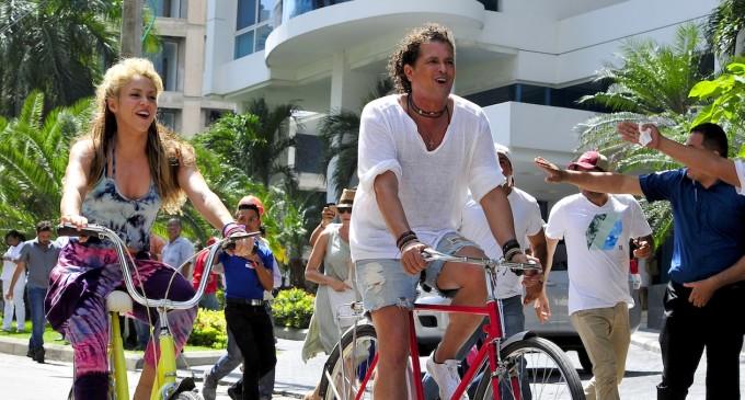 Carlos Vives ya no podrá llevar a Shakira de paseo en su bicicleta
