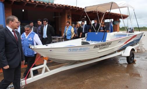 APS recibe lancha para asistencia integral a pobladores de Alberdi