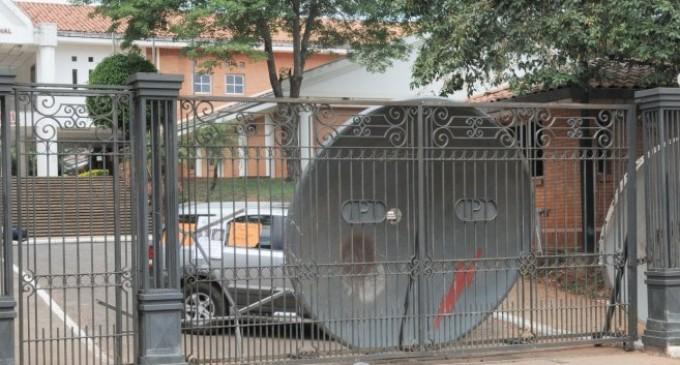 Autoridades de la UNA buscan solucionar suspensiones electorales