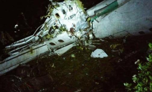 Se estrelló el avión que llevaba a futbolistas del Chapecoense de Brasil
