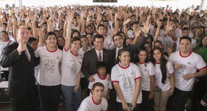 65% de los aspirantes a Becas de Itaipú son del interior