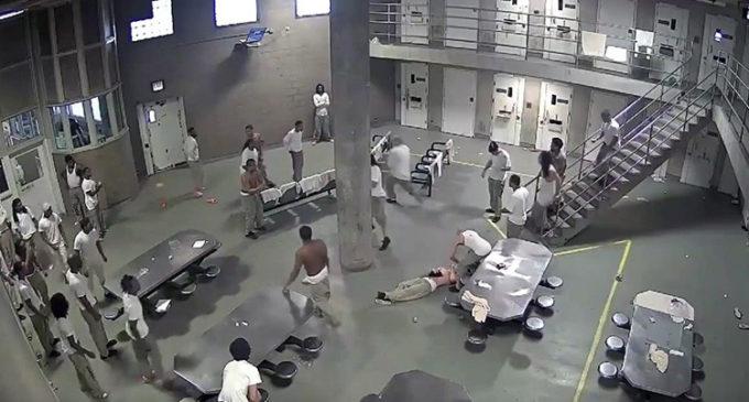 [Video] Varios heridos tras pelea en cárcel de EE.UU.