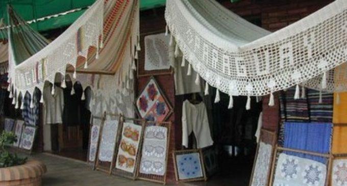 Continúa Exhibición de Hamacas en Pirayú