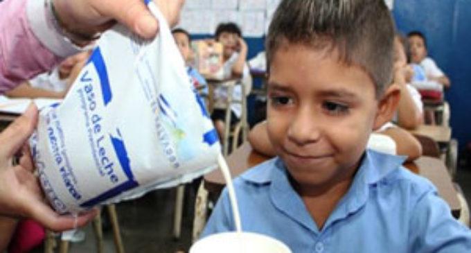 Gobernación de Central espera que con pago de 38% de deuda, empresas lácteas revean postura