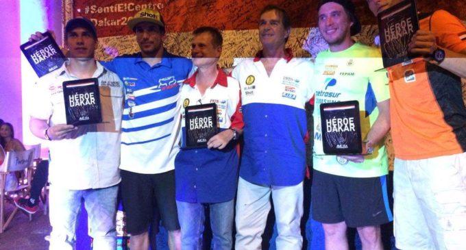 Pilotos paraguayos que corrieron el Dakar fueron homenajeados
