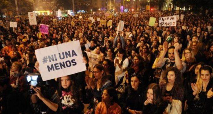 Mujeres paraguayas se suman al paro internacional