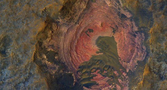 La NASA publica imágenes únicas de Marte