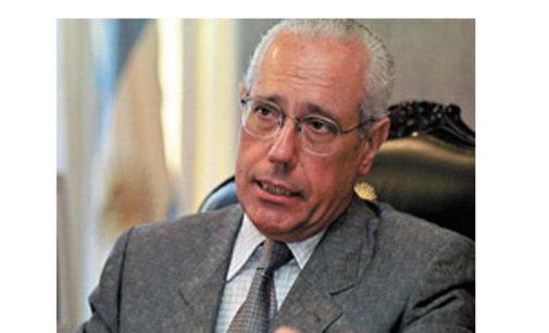 Jurista argentino aclara que envió dictamen a pedido de la Academia de Derecho, no de sectores políticos