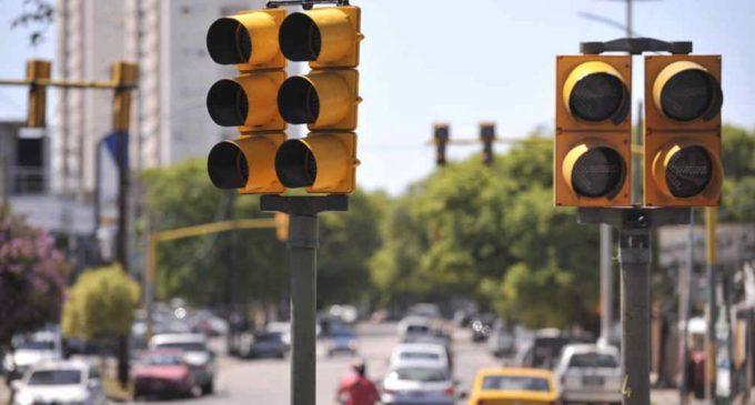 Varios semáforos de Asunción amanecieron fuera de servicio