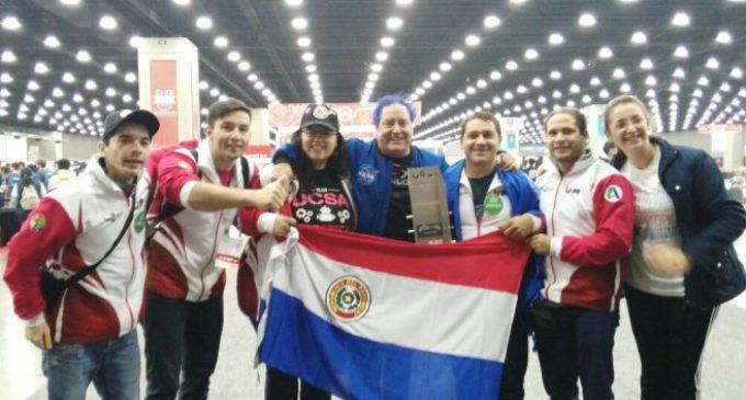 Universitarios paraguayos ganan premio en Mundial de Robótica