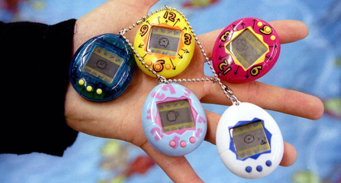 El legendario Tamagotchi regresa al mercado tal y como lo recordamos (VIDEO)