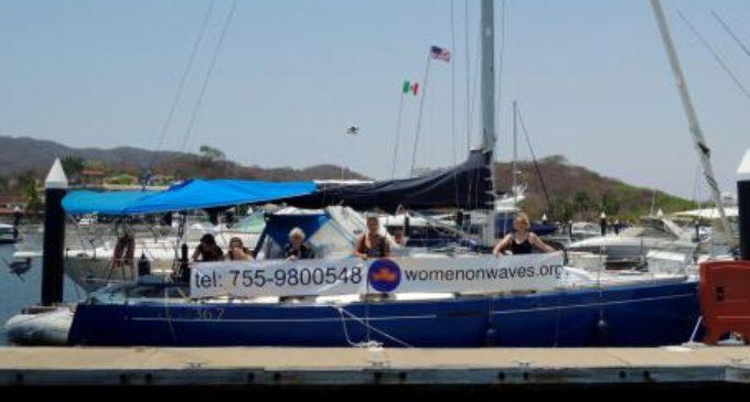 Llega a México el polémico 'barco del aborto'