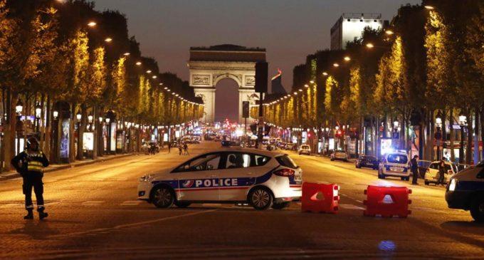 Atentado en París: Un muerto y un herido en ataque reivindicado por Estado Islámico