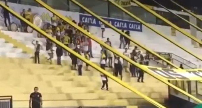 """""""Ponele nafta al avión"""", el repudiable canto de una hinchada en Brasil contra Chapecoense"""