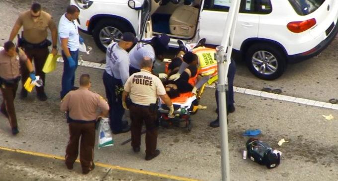 Tiroteo en centro comercial de Miami: Un muerto y dos heridos