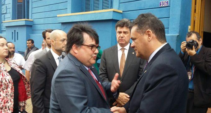 """Palmieri vino con una """"misión política"""" y cumplió"""