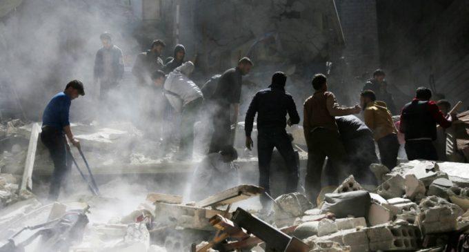 Estados Unidos ataca con misiles al Ejército sirio en respuesta al asalto químico