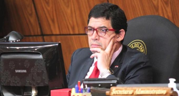 Velázquez dice que no rechazó la enmienda porque hubiera violado el reglamento
