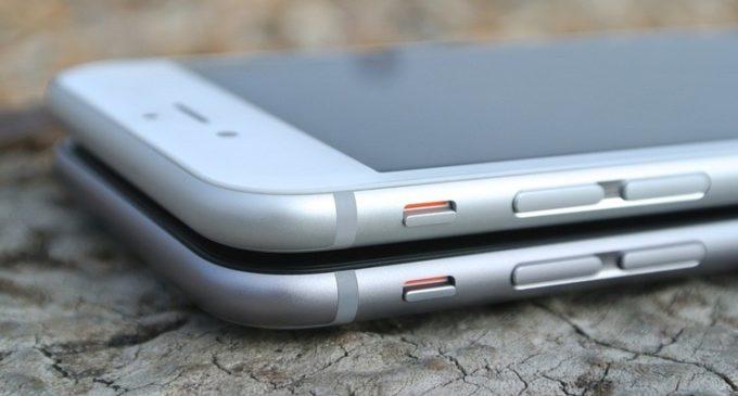 Cómo salvar a tu celular si se te cae en el retrete