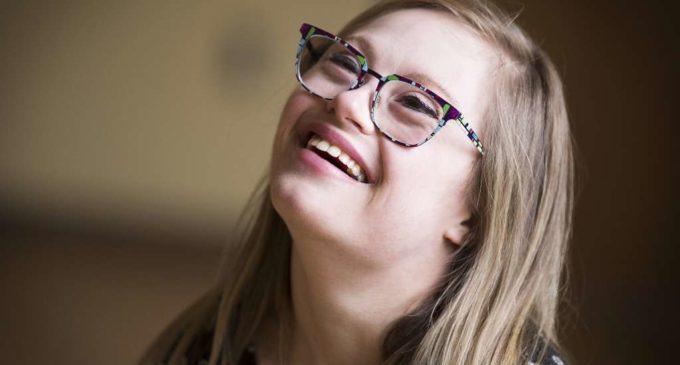 Mikayla, la chica con síndrome de Down aspirante a Miss Universo