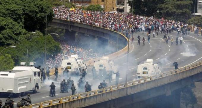 Venezuela: Enfrentamientos, represión y hambre