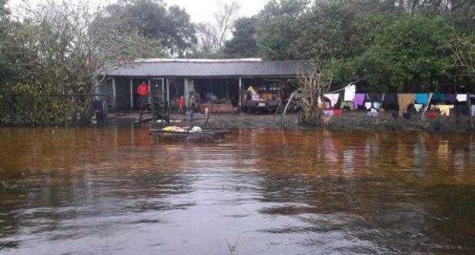 Las intensas lluvias dejan en estado crítico a Yabebyry