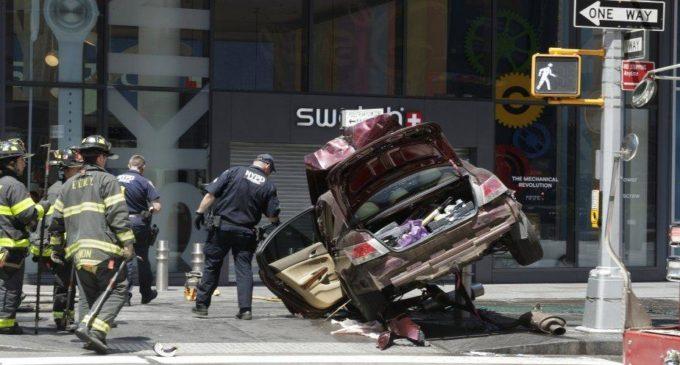 Rompió el silencio el hombre que atropelló a una multitud en Times Square y reveló las razones de su ataque